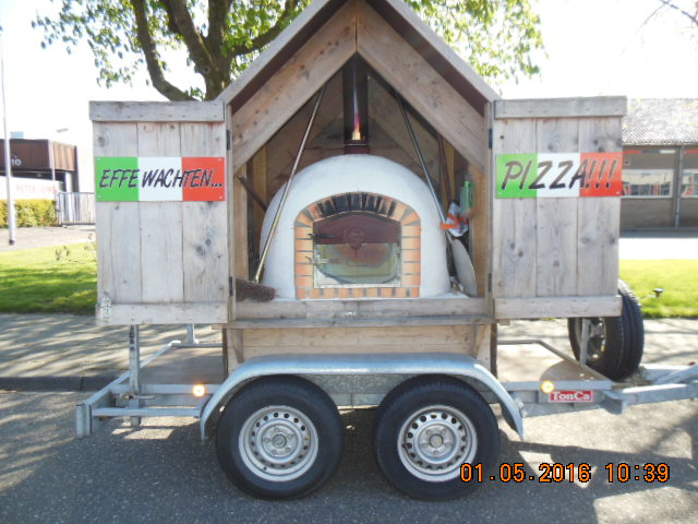 Pizza steenoven hut