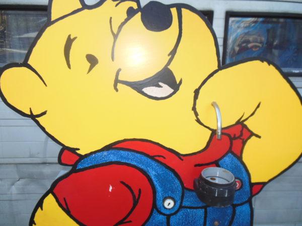 Limonade tappen met Winnie de pooh